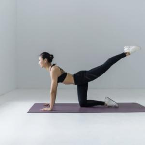 Los beneficios del yoga y el pilates